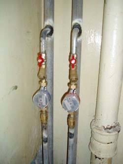Замена стояков горячей и холодной воды в Хабаровске, монтаж стояков водоснабжения